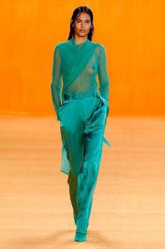 Sally Lapointe Spring 2020 Fashion Show – 2020 Fashions Womens and Man's Trends 2020 Jewelry trends 2020 Fashion Trends, Fashion 2020, Runway Fashion, Spring Fashion, High Fashion, Fashion Show, Diy Clothes Vintage, Balmain, Moda Fashion