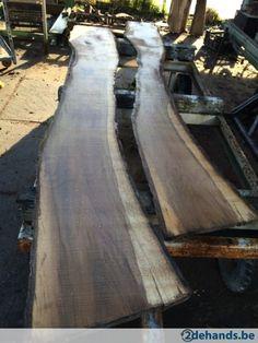 Tafel blad maken van walnoot met boomstam planken