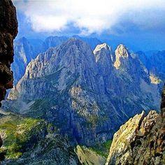 Bjeshke ne Malesine e Madhe - ALBANIA Beni tag dike qe mos ta humbi kete foto Tag someone to see this photo #albaniaisbeautiful #amazing #view #panorama #mountains #tourism #nature #north #albania