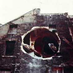 Gordon Matta-Clark (1943 - 1978) Sans Titre (Détail End) 1975 Epreuve chromogène 101,6 x 106,7 cm Paris, Pompidou
