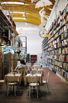 Livraria ler devagar (Rua Rodrigues Faria, 103) - cafe and a bookstore in LX Factory