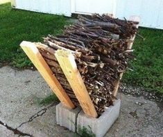 Creative DIY Campfire Food Hacks That Will Blow Your Mind https://www.vanchitecture.com/2018/01/21/creative-diy-campfire-food-hacks-will-blow-mind/