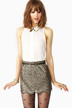 Night outfit. Go on a date. Scalloped Sequin Skirt