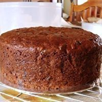 My Dad always talked about this cake that his mother made at Christmas! Grandmother's Orange Slice Cake - I grew up with My own mamaw & mother making this every single Christmas ! Delicious Cake Recipes, Delicious Fruit, Yummy Cakes, Dessert Recipes, Potluck Recipes, Vegan Recipes, Orange Slice Cake, Orange Slices, Brownies