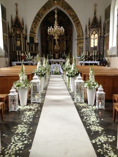 Church Decor for Wedding: 60 Creative Ideas Inspired to .- Church Decor für Hochzeit: 60 kreative Ideen inspiriert zu werden – Neu dekoration stile Church decor for wedding: 60 creative ideas to be inspired # bridal bouquet photo booth - Wedding Chapel Decorations, Church Altar Decorations, Pew Decorations, Wedding Ceremony Ideas, Chapel Wedding, Rustic Wedding, Wedding Church, Wedding Table, Wedding Chapels