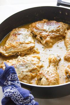 Smothered Chicken A Soul Food – Munaty Cooking - Thanksgiving Recipes Chicken N Gravy Recipe, Smothered Chicken Recipes, Recipe Using Chicken, Baked Chicken Recipes, Turkey Recipes, Meat Recipes, Chicken Thights Recipes, Baked Mac And Cheese Recipe, Stove Top Chicken