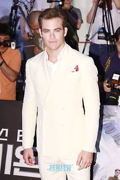 Chris Pine, Zachary Quinto and Simon Pegg at Star Trek Beyond premiere in Seoul (Aug 16, 2016)