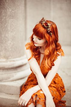 An Autumn Romance - A Clothes Horse Redhead Fashion, Love Fashion, Autumn Fashion, Vintage Fashion, Fashion Outfits, Growing Out Short Hair Styles, Autumn Aesthetic, Moda Vintage, Foto Pose