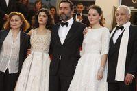 Pluie de robes blanches sur le Festival de Cannes