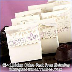 scalloped favor caixa doce     http://pt.aliexpress.com/store/product/60pcs-Black-Damask-Flourish-Turquoise-Tapestry-Favor-Boxes-BETER-TH013-http-shop72795737-taobao-com/926099_1226860165.html   #presentesdecasamento#Casamentos #presentesdopartido #lembranças #caixadedoces     #noiva #damasdehonra #presentenupcial #decoraçãodopartido