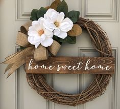 Affordable Spring Wreath Design For Front Door Decor - Flowers come in exotic colors and fragrances and leave their impression through all seasons. They stand tall as anniversary gifts, proposal accessorie. Wreath Crafts, Diy Wreath, Tulle Wreath, Fabric Wreath, Burlap Wreaths, Wreath Ideas, Mesh Wreaths, Front Door Decor, Wreaths For Front Door