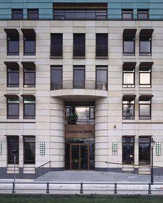 2007 Germany, Berlin Dresdner Bank, Pariser Platz - gmp Architekten von Gerkan, Marg und Partner