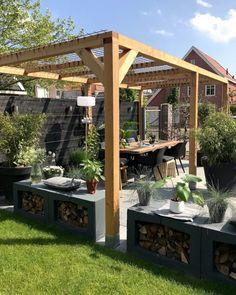 26 Awesome Pergola Design Ideas For Your Backyard Backyard Gazebo, Pergola Patio, Backyard Landscaping, Pergola Kits, Back Gardens, Outdoor Gardens, Patio Flooring, Pergola Designs, Outdoor Rooms