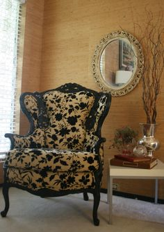 Did you know you can find unique furniture on Etsy? LOVE, Love, love this chair! I can see this in my living room for sure.