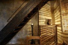 Wabi-saby style. House in Santo Stefano di Sessanio, Italy