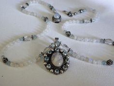 Vintage moonstone necklace by MerakiByMe on Etsy