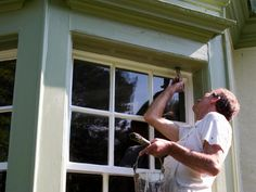 From choosing the right paint to prepping your home's exterior, we've got the best tips to make exterior painting a breeze.