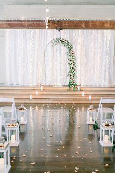 An Elegant Wedding Inspiration Overflowing with Flowers and Style #wedding #weddingphotography #bridesmaiddress #weddinginvitations #weddingdress #weddinggown #weddinginspo #bride #weddedbliss #weddingstyle #weddingfun #weddingceremony #marryingmybestfriend #weddingday #weddingrinvitations Chic Wedding, Elegant Wedding, Wedding Styles, Wedding Ceremony, Rustic Wedding, Dream Wedding, Wedding Bells, Marrying My Best Friend, Ceremony Decorations