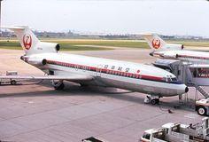 Japan Air Lines - JAL Boeing 727-73C N694WA at Fukuoka-Itazuke, July 1970. (Photo: Dex)