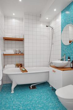 Clawfoot tub bathroom ideas images above two beautiful bathrooms Clawfoot Tub Bathroom, Mosaic Bathroom, Glass Bathroom, Bathroom Floor Tiles, Bathroom Rug Sets, Bathroom Colors, Small Bathroom, Colorful Bathroom, Bathroom Ideas
