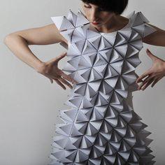 Fashion art- Époustouflantes robes en papier... - Glose