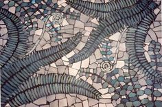 outdoor mosaics | Found on theartfuleyelandscape.blogspot.fr