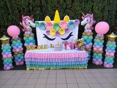 more and more crafts: How to make a uniconio background for your party - Decorationn Unicorn Themed Birthday Party, Unicorn Birthday Parties, Balloon Decorations, Birthday Party Decorations, Birthday Ideas, Unicorn Baby Shower, Party Background, Unicorn Balloon, Balloon Columns