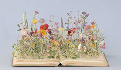 Portfolio Book-Cut Sculpture Wild Flowers (X), 2014 Su Blackwell Art Floral, Deco Floral, Dried Flowers, Paper Flowers, Fresh Flowers, Book Flowers, Exotic Flowers, Flowers Garden, Beaded Flowers