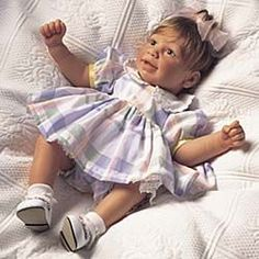 Old Lee Middleton Dolls   Lee Middleton Perfect baby girl