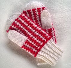 Knit Crochet, Crochet Hats, Mittens, Christmas Stockings, Socks, Knitting, Holiday Decor, Crafts, Scarves