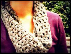 Crochet Scarf Cowl - Broomstick Lace  Cuello Bufanda Punto Escoba Crochet  Video tutorial www.ahuyamacrochet.com