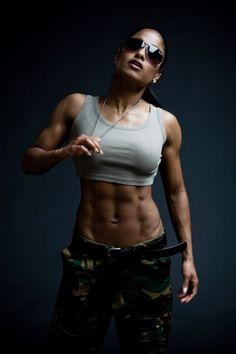 Kristelle Sammons - fitspiration, Fit black women, fit black girls, black women fitness, black girl fit