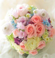 ラウンドブーケ アニヴェルセルみなとみらい様へ フェアリーテールの画像:一会 ウエディングの花