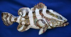 Raku fish Nassau Grouper Clay Fish, Ceramic Fish, Ceramic Animals, Fish Sculpture, Sculptures, Drawing Templates, Fish Art, Totems, Pottery Ideas