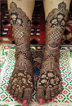 Rose Mehndi Designs, Arabic Henna Designs, Basic Mehndi Designs, Legs Mehndi Design, Back Hand Mehndi Designs, Latest Bridal Mehndi Designs, Mehndi Designs For Beginners, Wedding Mehndi Designs, Dulhan Mehndi Designs