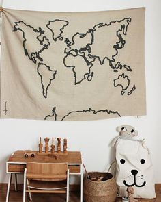 We love this playroom with the Lorena Canals Wall Hanging Canvas Map! Pic via Insta World Map Wall, Wall Maps, Map Bedroom, Bedroom Decor, Lorena Canals Rugs, Hanging Canvas, Kids Decor, Lana, Playroom