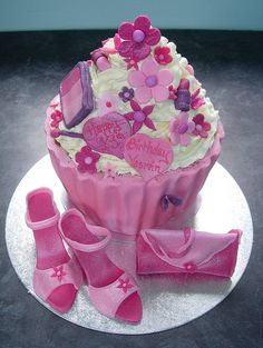 Handbag and shoes giant cupcake | Flickr - Photo Sharing!