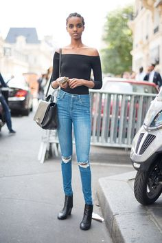 Know that an off-the-shoulder top gives any outfit a little oomph.