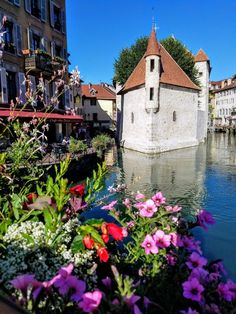 Visit this quaint little village of Annecy in France See the Palais de L' isle walk along the canals and the cobblestone streets, or take a boat out on Lake Annecy. See the majestic French Alps. Looking to enjoy the local cuisine, try the fondue, being close to Geneva Switzerland you will see the Swiss influence in not only the food but the architecture as well.