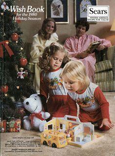 Le catalogue Sears de Noël, dont j'attendais l'arrivée avec impatience chaque année et que je consultais pendant des heures avec le plus grand sérieux!