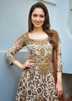 Tamanna Bhatia Looks Drop-dead Gorgeous At The Opening Of Telugu Film 'Bengal Tiger' In Hyderabad (HQ Bollywood Celebrity Pics) South Indian Actress Photo, Indian Actress Photos, Indian Actresses, South Actress, Beautiful Bollywood Actress, Beautiful Indian Actress, Beautiful Actresses, Pakistani Dress Design, Pakistani Dresses