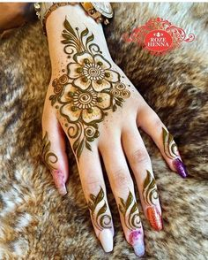 Enhance your skin with a feminine henna tattoo symbol - Henna Designs - Henna Designs Hand Eid Mehndi Designs, Henna Hand Designs, Simple Arabic Mehndi Designs, Mehndi Designs For Girls, Mehndi Designs For Beginners, Mehndi Design Photos, Mehndi Designs For Fingers, Latest Mehndi Designs, Henna Tattoo Designs