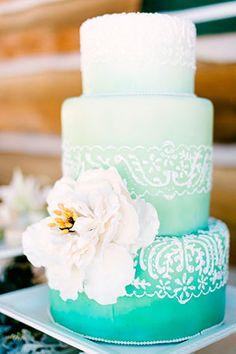 Вдохновение: свадебные торты омбре