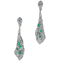 Les Sakura earrings earrings in white gold, diamonds and emeralds from the Opera collection by Ann Lin Haute Joaillerie