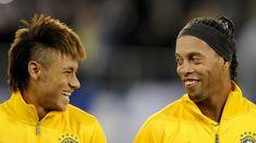 Neymar precisa ser mais como Ronaldinho em campo e menos fora - Esporte - UOL Esporte