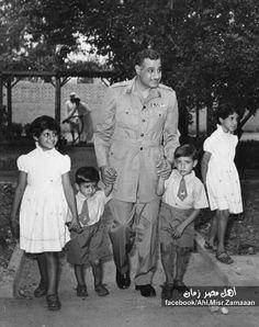 جمال عبد الناصر  واسرته Jaml Abdul Nassir with his children