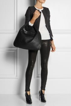 Bottega Veneta | Large Veneta intrecciato leather shoulder bag | NET-A-PORTER.COM