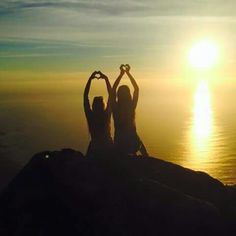 ♡Sister love on Table Mountain. Yesterday ,  watched the sunset♡ #love#Capetown