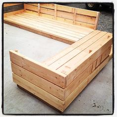 Ana White | Build a Platform Outdoor Sectional | Free and Easy DIY Project and Furniture Plans.. oh i so plan on using this for my pallets!!!