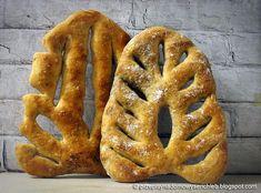 Fougasse - pochodzący z Prowansji francuski chleb w kształcie liścia Onion Rings, Bread, Ethnic Recipes, Baking, Food, Brot, Bakken, Essen, Meals